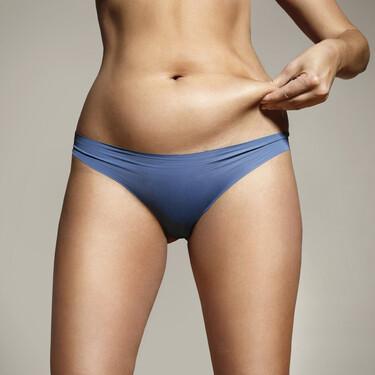 ¿Existen ejercicios para afinar la cintura? Esto es lo que puedes hacer en el gimnasio para perder barriga