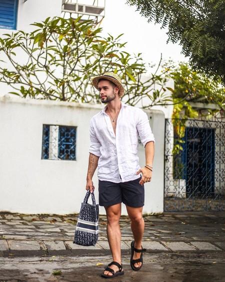 El Mejor Street Style De La Semana Blanco Y Negro Combinacion Triunfante 2020 Trendencias Hombre 02