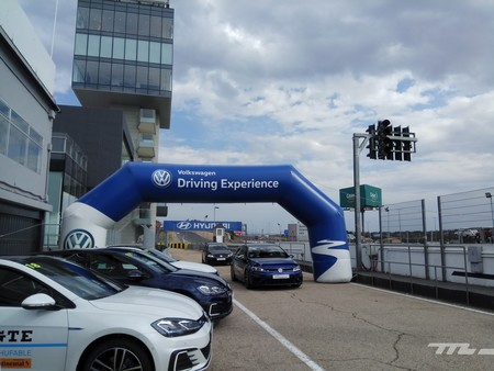 Un día de revoluciones en el Volkswagen Race Tour Jarama, o cómo fidelizar clientes curva a curva