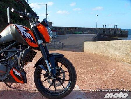 KTM 125 Duke, prueba (valoración y ficha técnica)