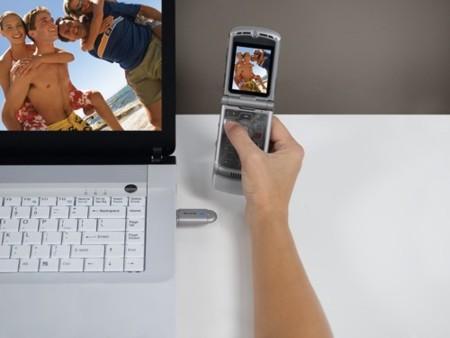 Belkin, accesorio USB Bluetooth para transferir fotografías