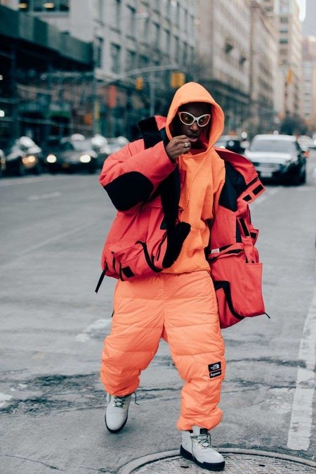 El Mejor Street Style De La Semana El Naranja Se Impone Como El Color De Transicion De Temporada 08