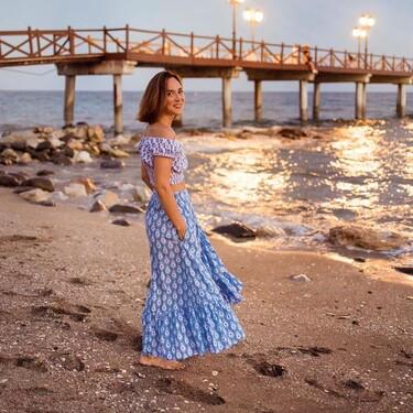 Tamara Falcó despide el verano de forma oficial con un look de aires hippies bañado en tonos azules
