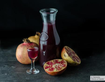 Cómo hacer sirope de granadina: la receta que animará tus cócteles