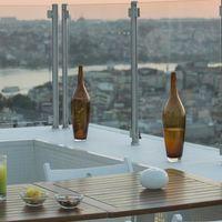 7 hoteles ideales a los que puedes ir aunque ayer no te tocara ni la pedrea (por menos de 50 euros la noche)