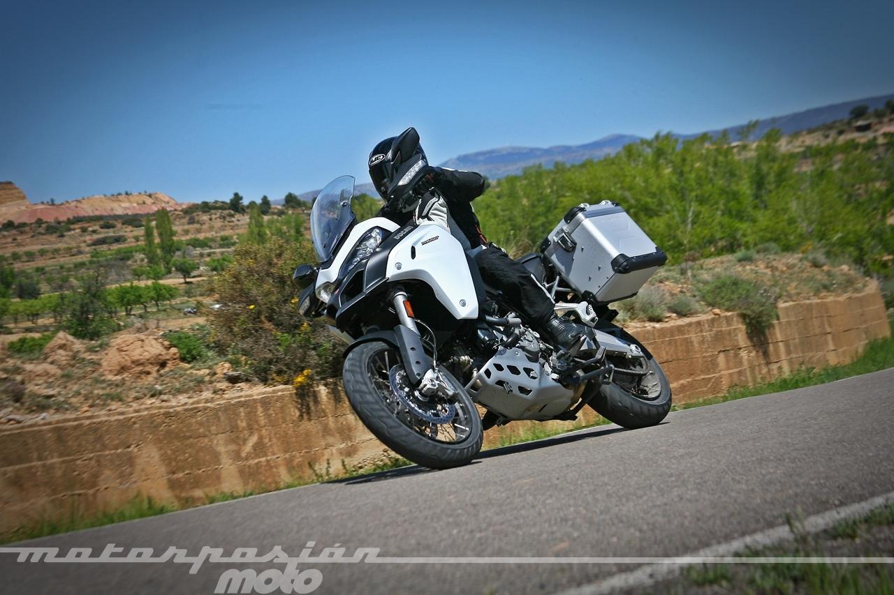 Foto de Ducati Multistrada 1200 Enduro - Acción (18/37)