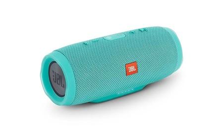 Por 146 euros en Mediamarkt, tienes el JBL Charge 3, un altavoz Bluetooth para llevar a todas partes