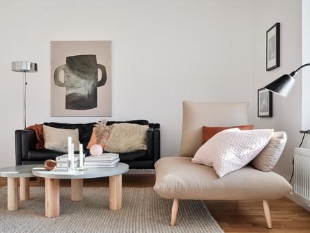 Un piso en Estocolmo que nos sirve de inspiración para incorporar los colores de la temporada (tierra, corales, rosas...) en nuestra casa