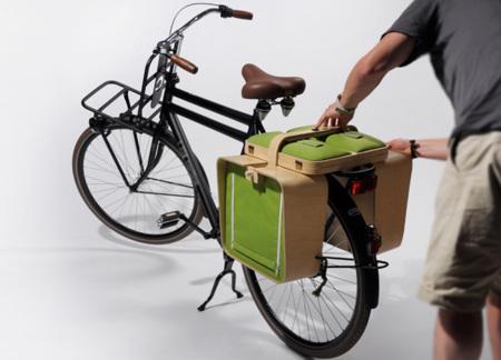 Cesta de picnic con mesa y sillas para llevar en la bici by Bloon Design