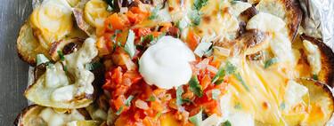 Papas estilo nachos con queso. Receta fácil