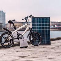 La bici eléctrica Kvaern trae una sorpresa: un punto de recarga con panel solar para su batería