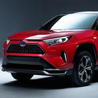 El Toyota RAV4 híbrido enchufable será el más potente de la familia: lo veremos en  el Salón de Los Ángeles