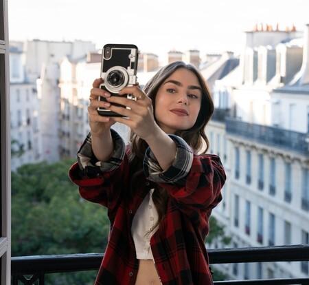 Emily In Paris On Netflix 1601634763