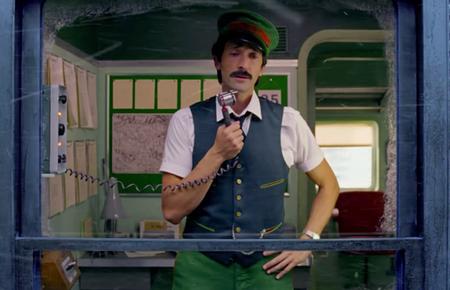 Wes Anderson dirige un decepcionante anuncio navideño para H&M