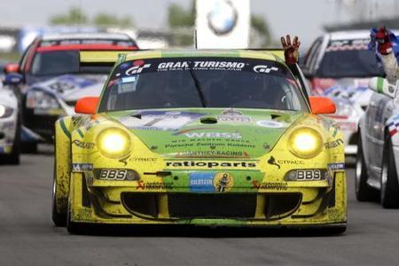 Manthey Racing vence en las 24 horas de Nürburgring