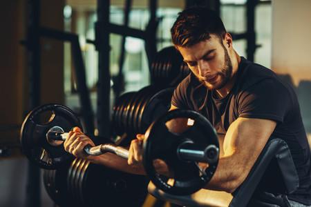 Los mejores curl de bíceps que puedes poner en práctica