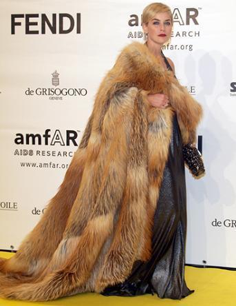 Sharon Stone: pieles contra el SIDA