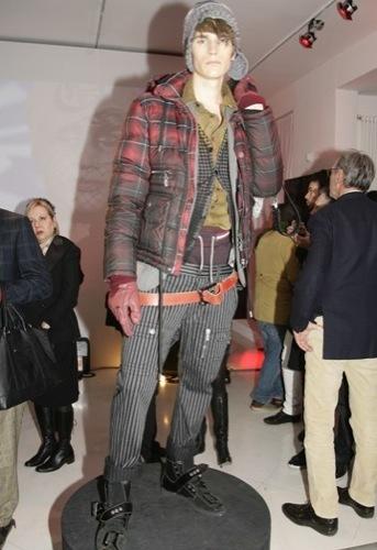 Galliano, Otoño-Invierno 2010/2011 en la Semana de la Moda de Milán
