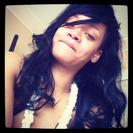 Rihanna sin maquillaje en twitter