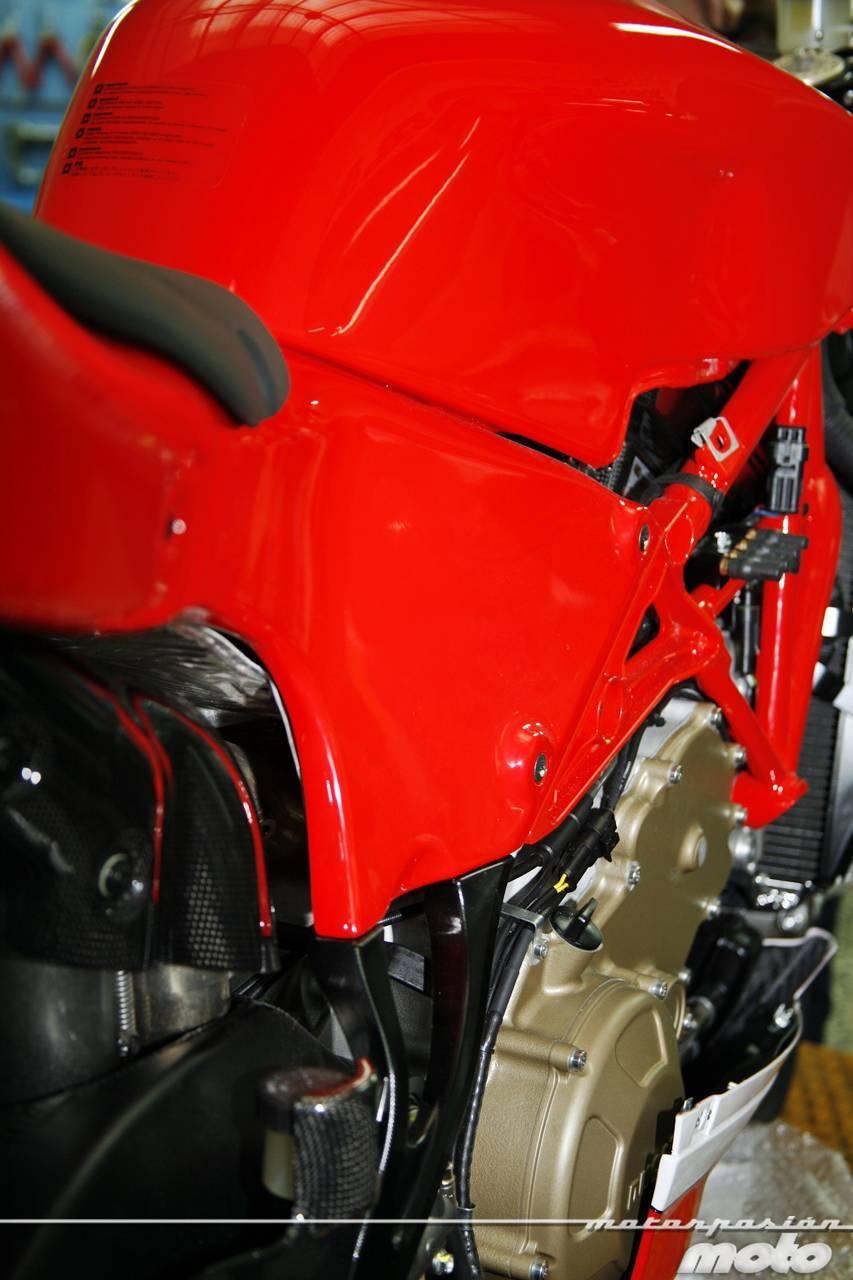 Foto de Ducati Desmosedici RR, toma de contacto (prueba dinámica y galería de fotos) (20/55)