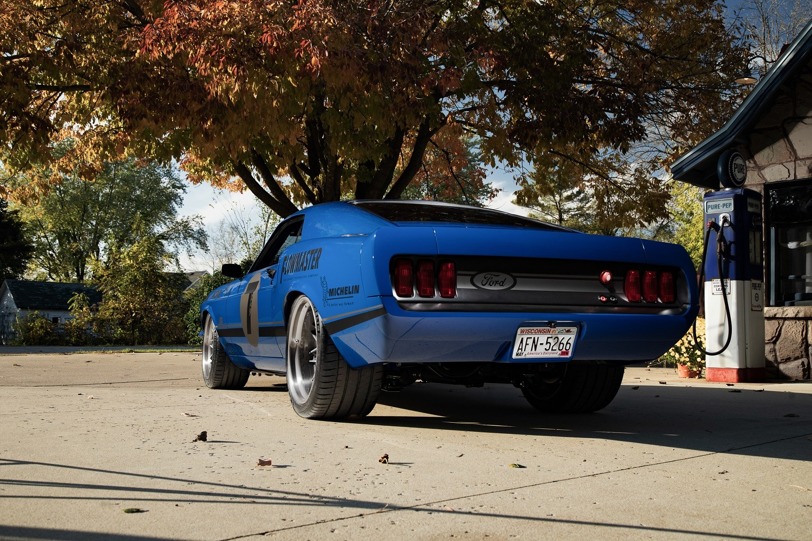 "Foto de Ford Mustang 1 ""UNKL"" por Ringbrothers (29/30)"