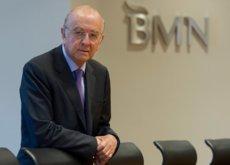 El FROB estudia la fusión de Bankia y BMN