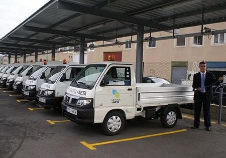 El ayuntamiento de Girona tiene una flota de 20 Piaggio Porter eléctricas para los servicios de limpieza