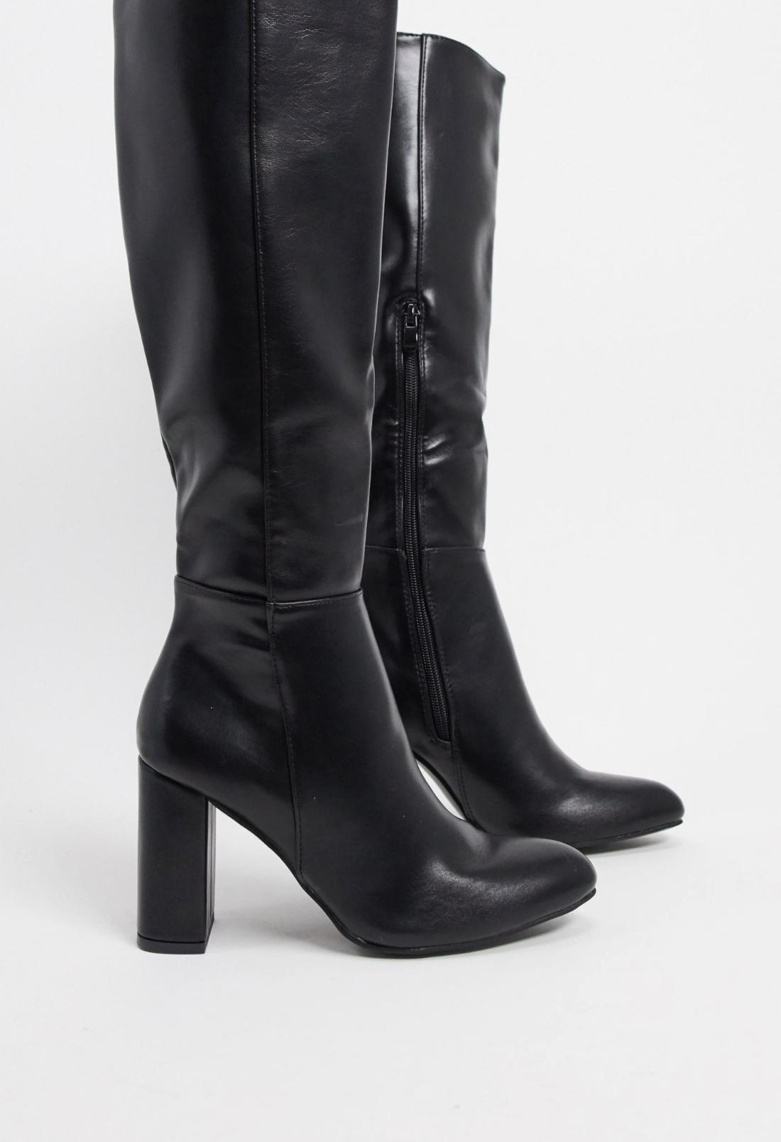 Botas altas negras de tacón de Truffle Collection