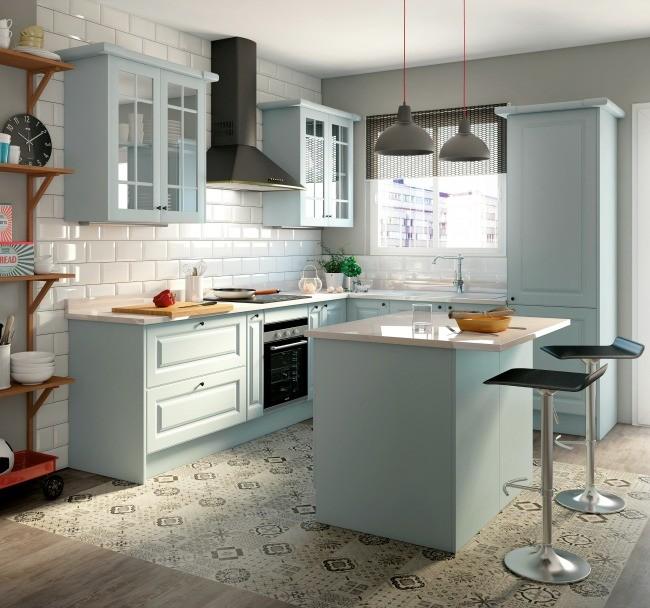 Planes de verano cocinar en una cocina abierta y luminosa - Suelos laminados cocina ...