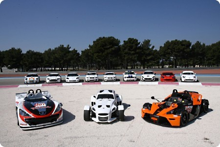 GT4 Supersport y GT4 al fondo.jpg