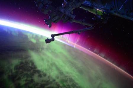 Así de espectaculares lucen las auroras boreales desde el espacio
