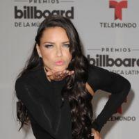 De una Adriana Lima espectacular, a una Paulina Rubio por los suelos en los Billboard Latinos 2016