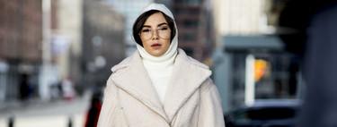 Estos 33 looks de street-style dictaminan las chaquetas que se llevan este invierno