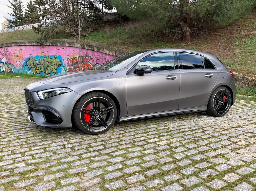 Probamos el Mercedes-AMG A 45 S, un compacto deportivo de 421 CV que planta cara a los mejores superdeportivos