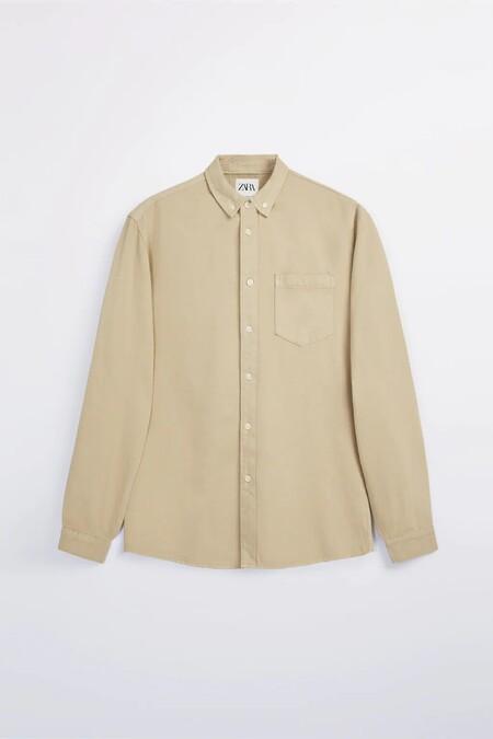 Camisas En Tonos Pastel De La Rebajas De Zara Para Dominar El Street Style Y El Home Office