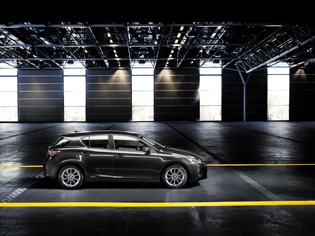 Foto de Lexus CT 200h (95/164)