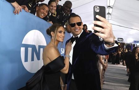 15 parejas que nos han dejado los momentos más románticos de la alfombra roja de los SAG Awards 2020