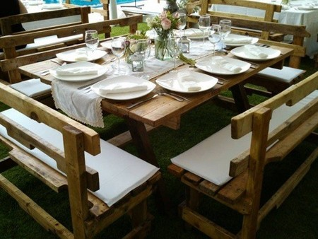 mesa de boda con pallets