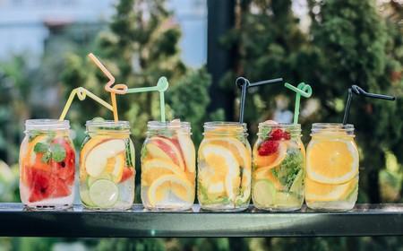 Qué beber y qué no beber para mantenernos bien hidratados este verano