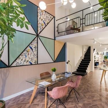 Espacios para trabajar: Molduras y papel pintado, la clave del éxito de las nuevas oficinas de Estudio Ekidazu  en San Sebastián
