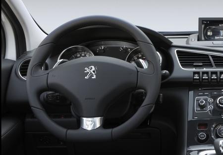 Peugeot 3008 HYbrid4 108