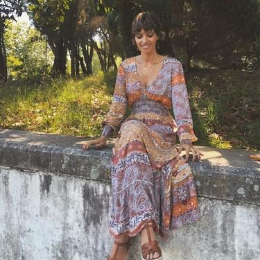 Sara Carbonero enamora con un vestido de inspiración bohemia y encontramos cinco modelos muy parecidos (que están rebajados)