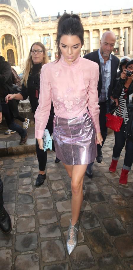 Es un hecho: a Kendall Jenner no se le resiste ninguna prenda (ni estilo)