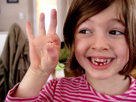 Siete cosas a tener en cuenta tras la caída del primer diente si nos visita el Ratoncito Pérez
