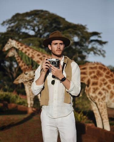 Adam Gallagher derrocha estilo en su safari en Kenia: pocas veces verás algo mejor que estas fotografías
