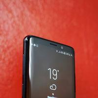 Samsung se olvidaría de los altavoces en sus TVs y smartphones con paneles OLED que emiten sonido
