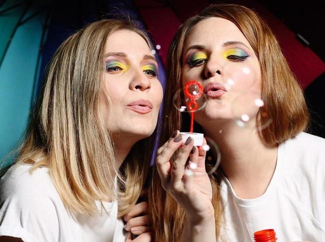 looks maquillaje arcoiris orgullo gay bandera multicolor mua