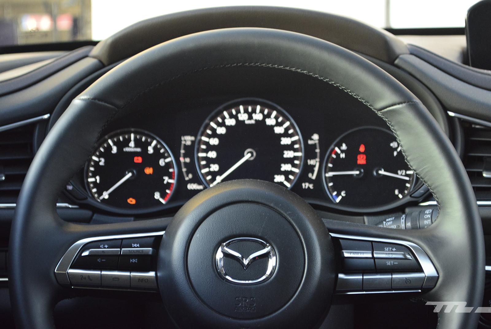 Foto de KIA Seltos vs. Mazda CX-30 (comparativa) (21/32)