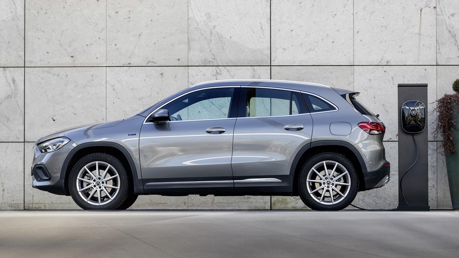 Foto de Mercedes-Benz GLA 2020 (1/19)