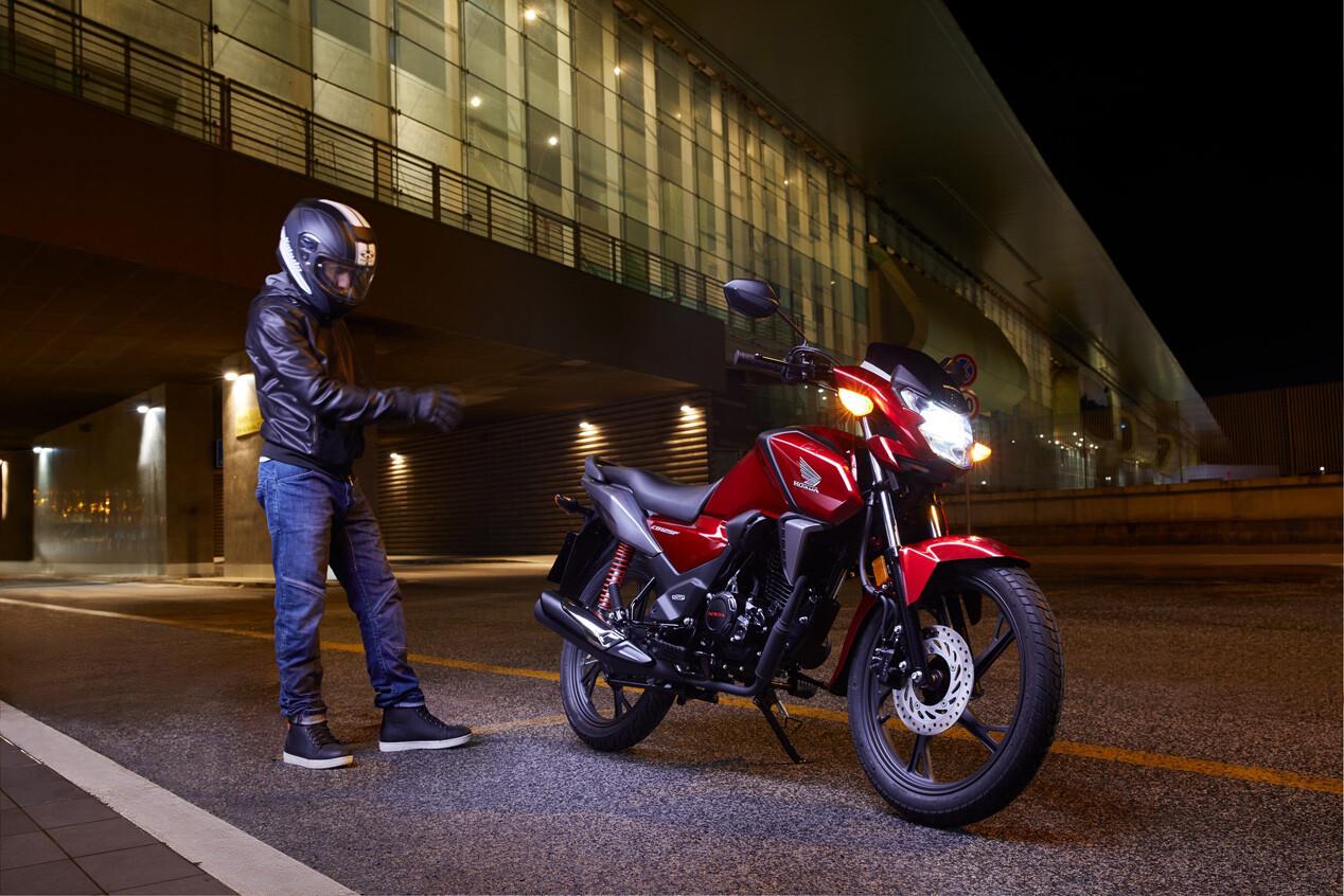 Foto de Honda CB125F 2021 (1/8)